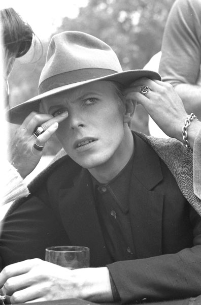 "Sur le tournage de ""The Man Who Fell To Earth"""
